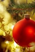 christmas_ornaments_3-640x960
