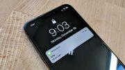 siri bug disclose hidden message content on lock screen